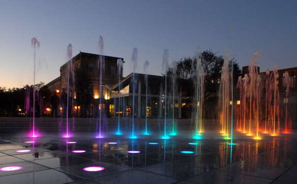 Ellis Square Park Fountain Savannah Senior Spring Break ideas