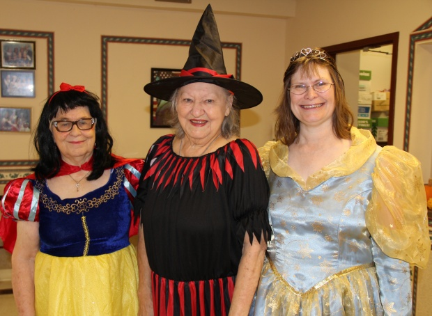 Halloween Savannah Senior citizens, Coastal Empire senior activities, senior events Georgia